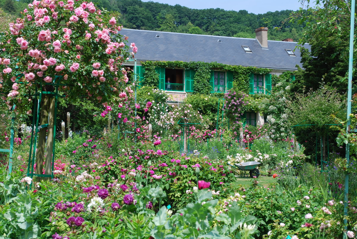 Roseraie giverny culture design for Jardin giverny